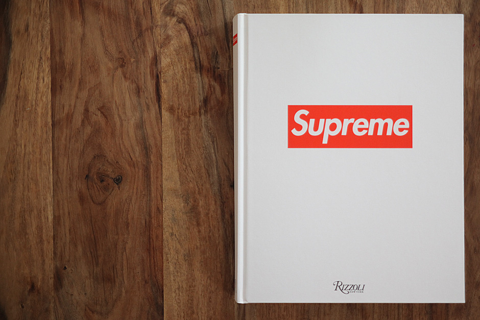 "Book of the week ""Supreme book"""