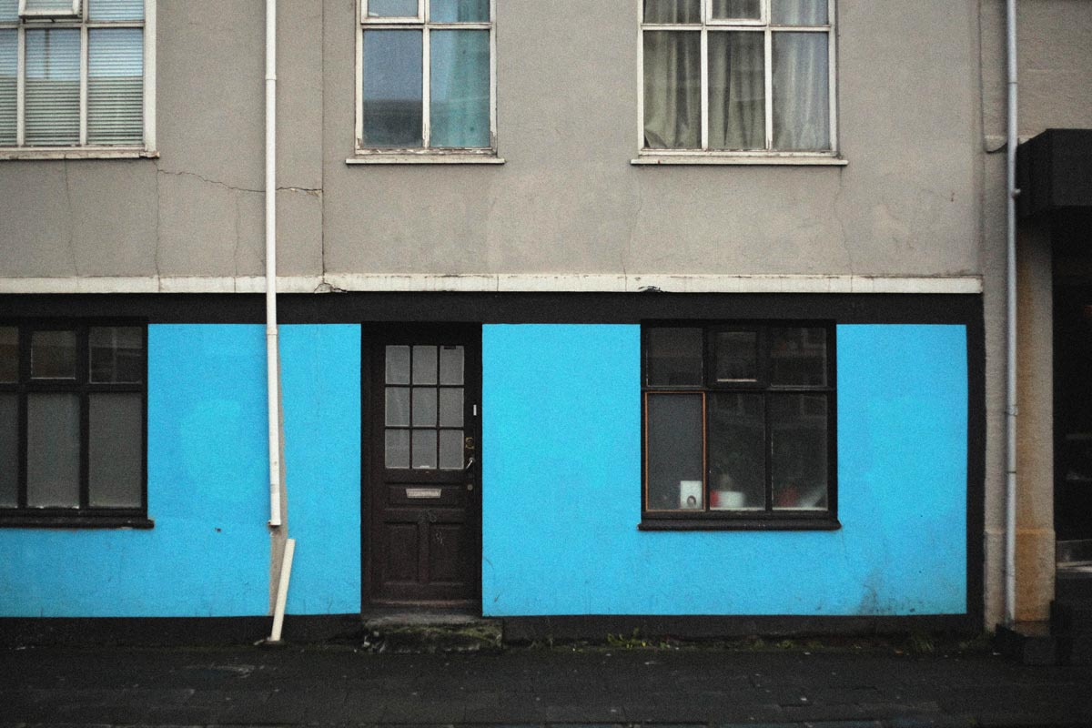 Blue-wall-ilk